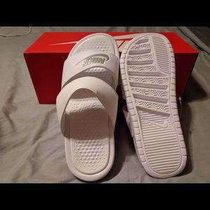Women's Nike Benassi Duo Ultra Slide Sandal